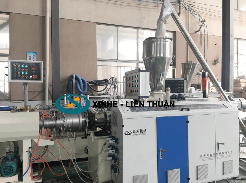 máy sản xuất ống nhựa pvc