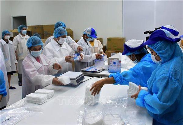 Doanh nghiệp sản xuất khẩu trang y tế