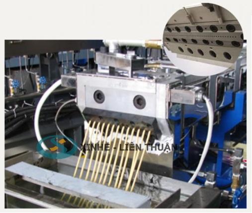 máy tạo hạt nhựa PET