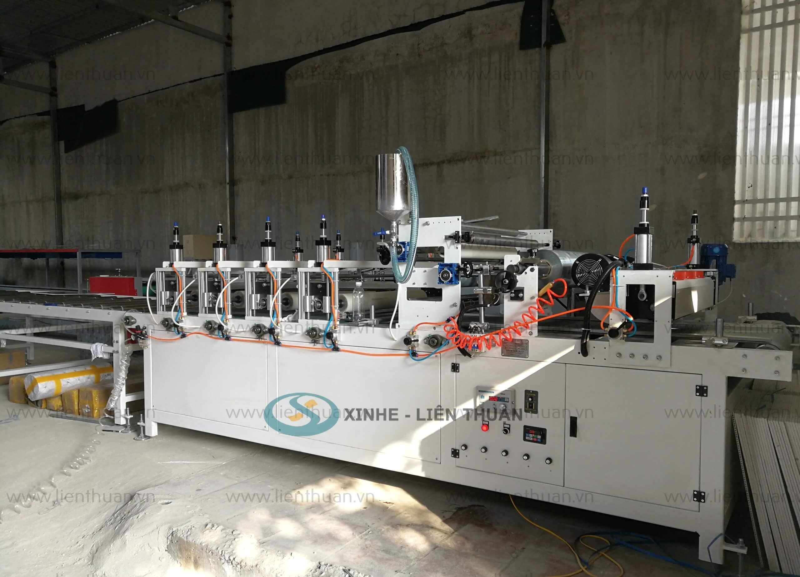 máy phụ trợ sản xuất tấm nhựa ốp tường