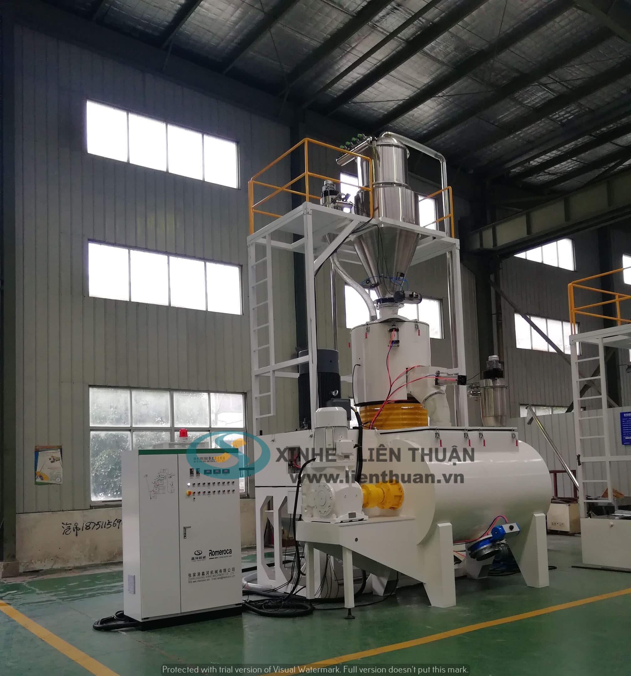 máy trộn nhựa phụ trợ sản xuất tấm nhựa ốp tường